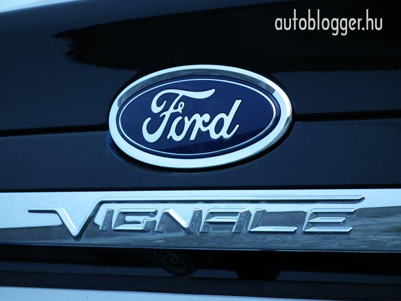 Ford_Mondeo_Vignale_029
