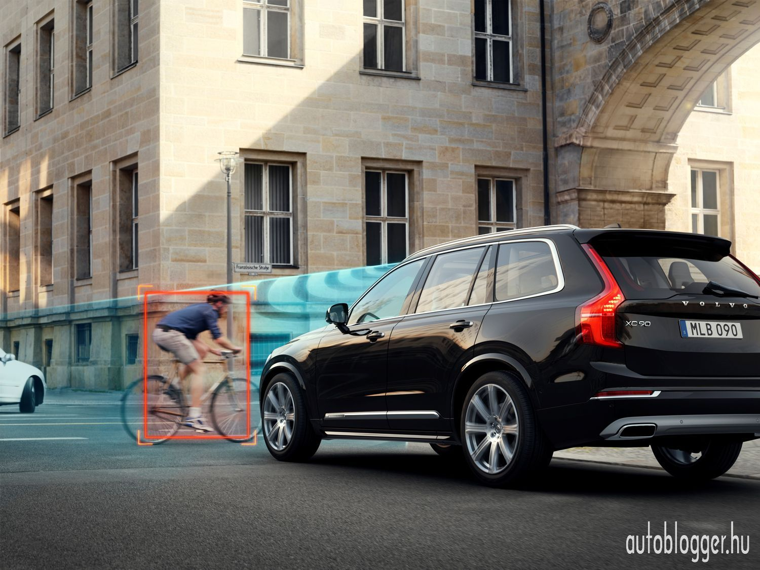 The all-new Volvo XC90 - Cyclist Detection