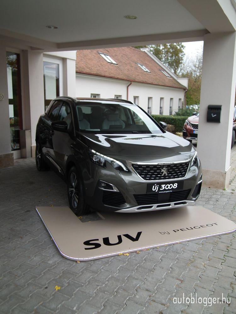 uj_Peugeot3008_2016_0015