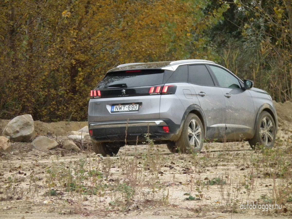 uj_Peugeot3008_2016_0020.jpg