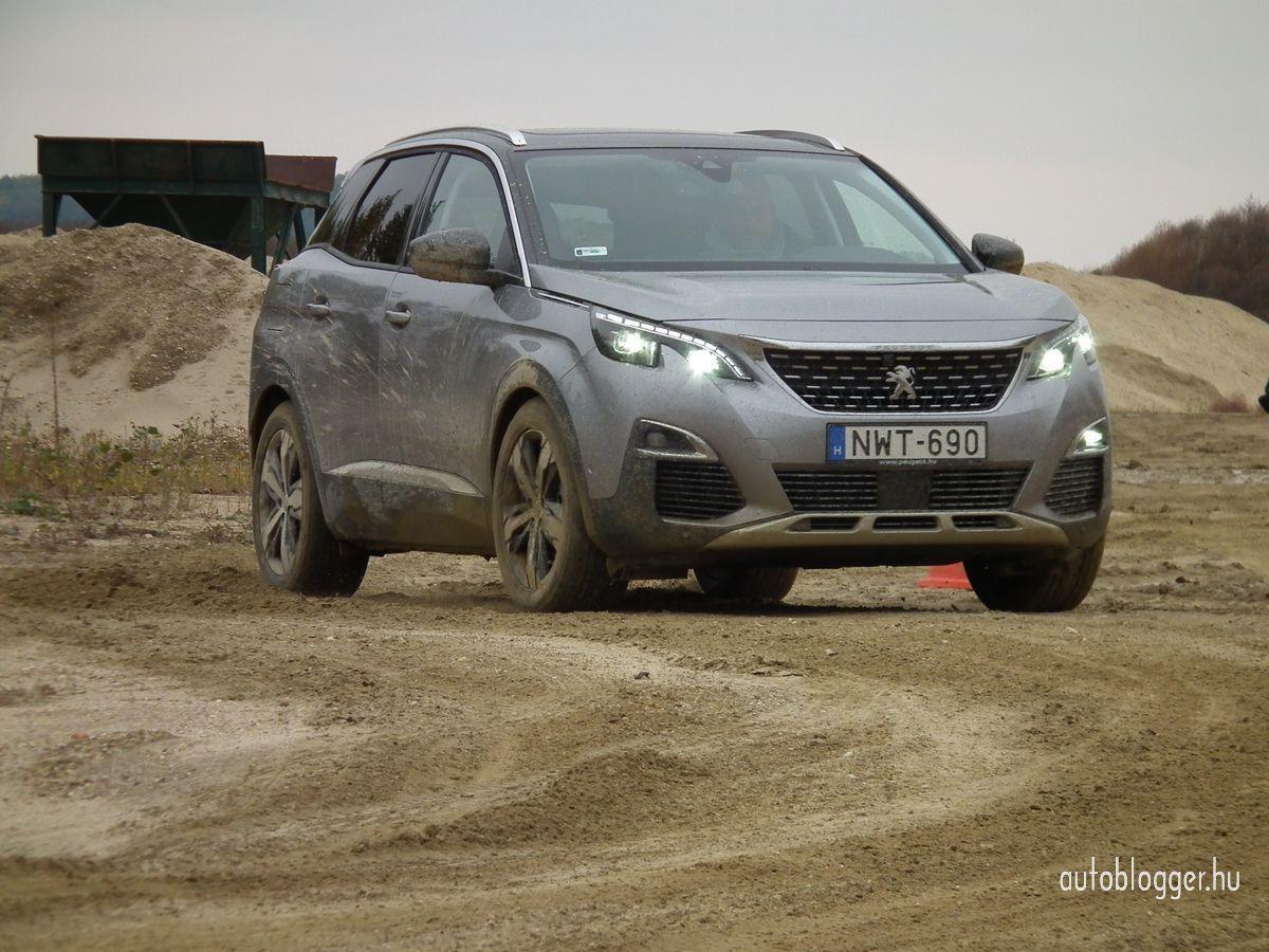 uj_Peugeot3008_2016_0026.jpg