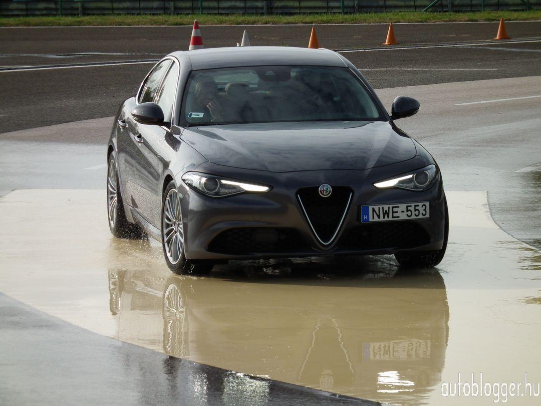 Alfa_Romeo_Giulia_030