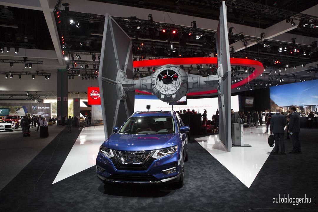 Nissan_Star_Wars_2016LA_di_Autoblogger.hu_0